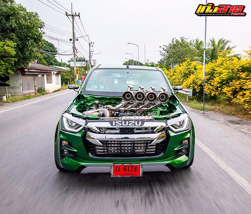 all new isuzu dmax green 01