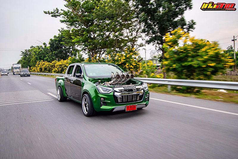 all new isuzu dmax green 09