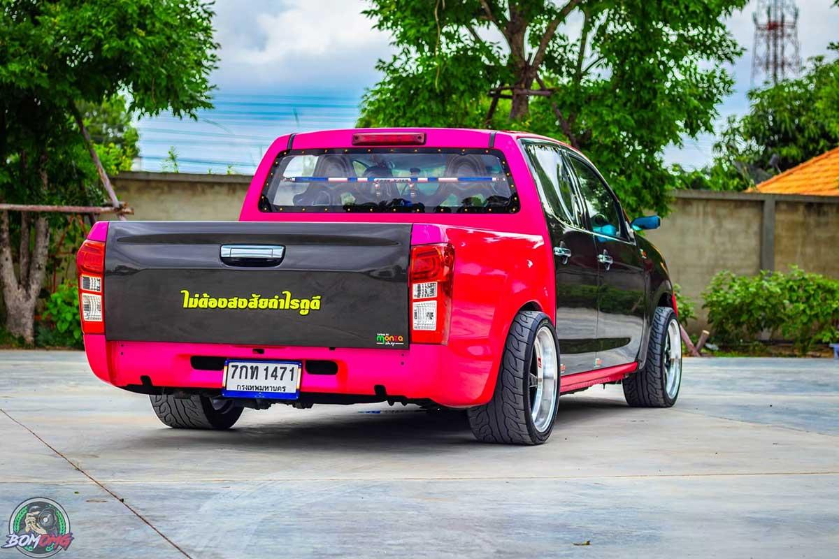 isuzu pink 01