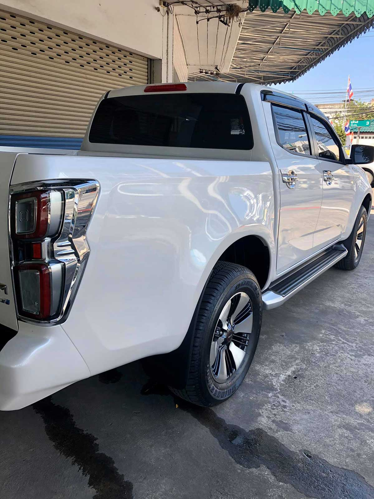 isuzu 2020 cover 02