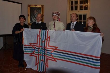 2015 decembere, felvezető rendezvény udmurt és szetu vendégekkel, valamint Gáll Attila iszkaszentgyörgyi és Porga Gyula veszprémi polgármesterrel