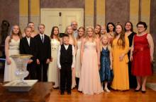 2016 júniusa, a finn Virtus zeneiskola koncertje az Amadé-Bajzáth-Pappenheim kastélyban, Ari S. Kupsus szervezésében