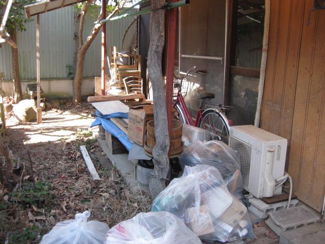 群馬県 高崎市 一人暮らしのお父さんが住んでいた貸家を片付けて・・・