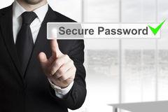 """Svenskar anser att de har ett säkert lösenord – """"Det är inte sant"""" säger experten"""
