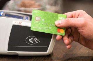 Mastercard höjer gränsen för kontaktlösa betalningar i Sverige 1