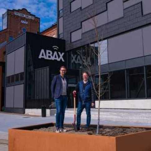 Världsmiljödagen - Teknologibolaget ABAX samarbetar med WeForest 1