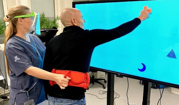 Hjärnskadepatienter på Danderyds sjukhus har glädje av rehabilitering med Yetitablet
