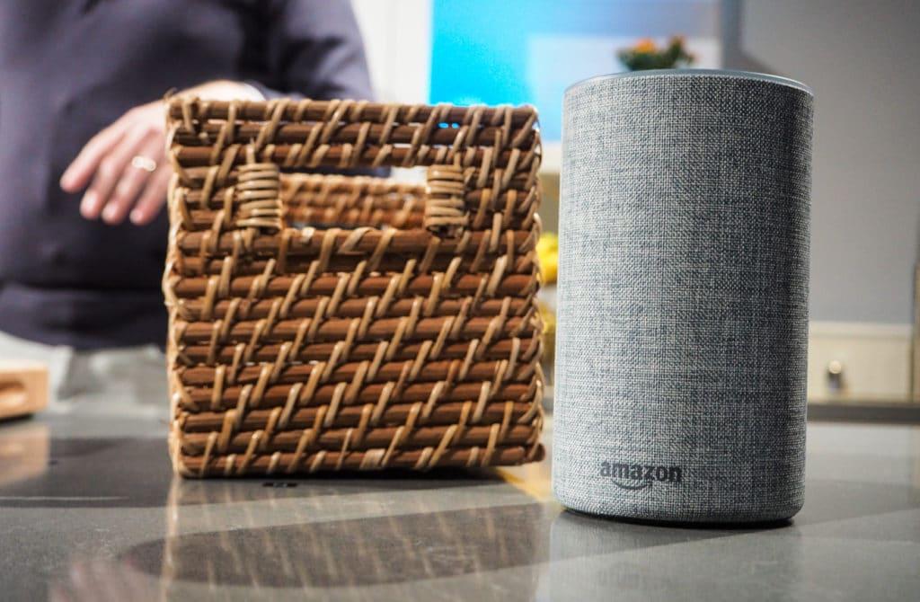 Представлен Amazon Echo Spot— разумный будильник для управления бытовыми приборами