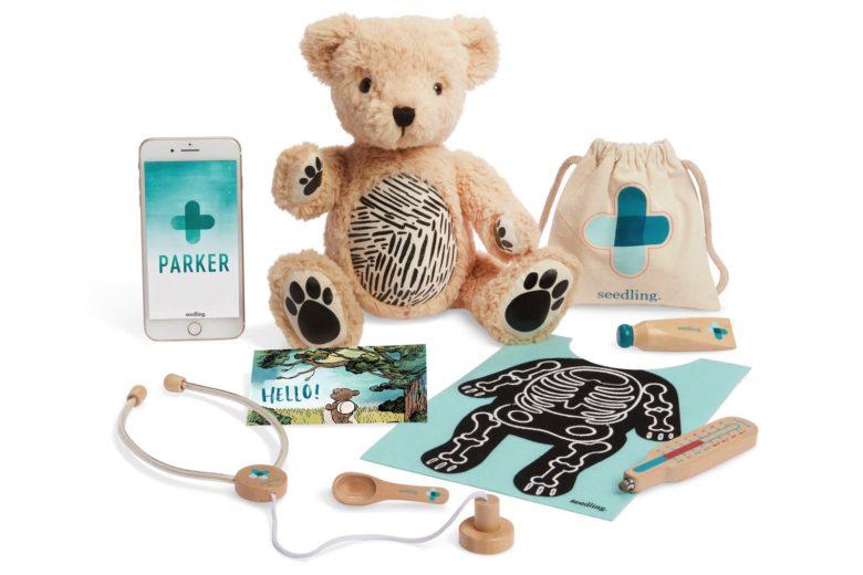 ВApple Store появился «живой» медведь