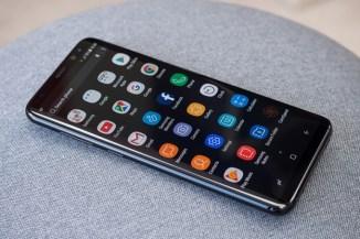 Samsung-working-to-embed-camera-and-fingerprint-sensor-into-a-smartphones-display
