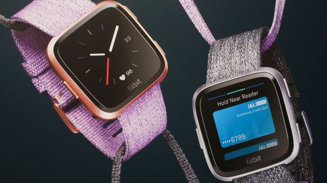 """Fitbit announced the """"killer Apple Watch"""""""