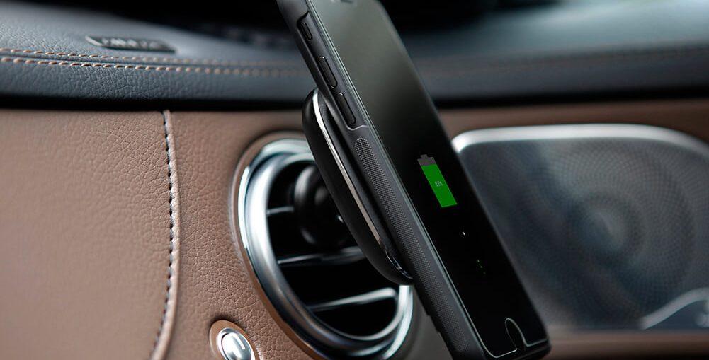 беспроводная зарядка для авто