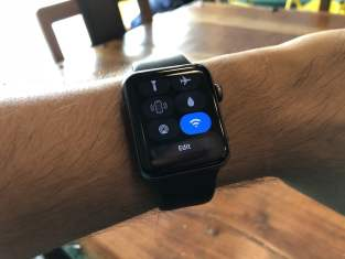 Apple-Watch-Control-Center-Wi-Fi