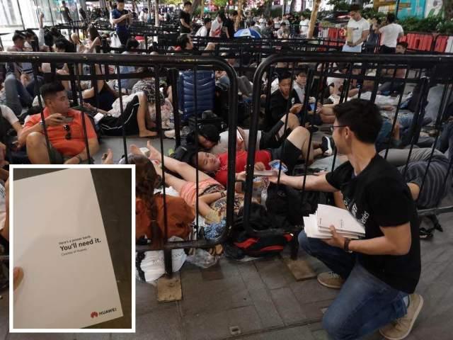Huawei-iPhone-XS-launch-PR-stunt