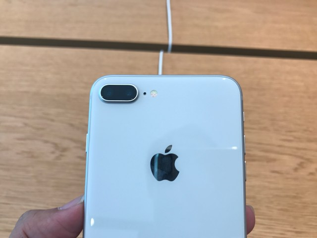 iphone_8_plus_unboxing_photos-5564-1