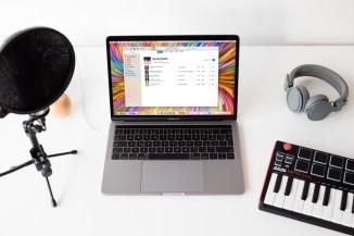 Apple-Music-Playlist-on-Macbook