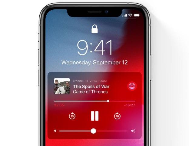 iPhone-X-Lock-screen-AirPlay-controls