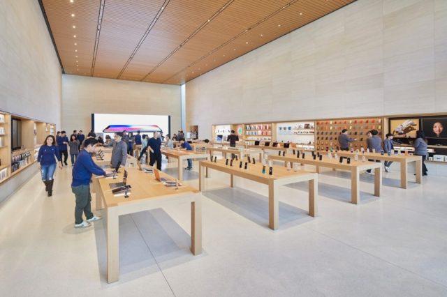 Seoul-Apple-Garosugil-In-Store-01242018-1024×683