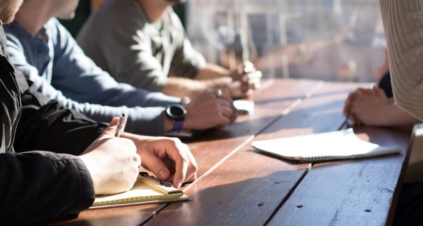 Ny analyse fra Salesforce viser at kampen for tid er den store udfordring for startups og SMV'er