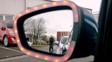 Undgå at slå bildøren op i en cyklist med Fords nye teknologi 1