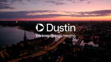 Dustin fortsætter transformationen - skifter udseende 1