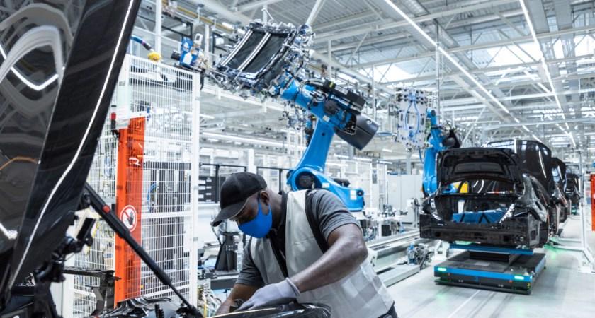 Mercedes-Benz åbner ny, fleksibel og CO2-neutral fabrik