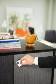 Smartphone öppnar skåp på kontor och i offentliga rum 1