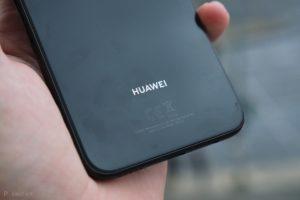 Marknadens bästa smarta mobil med trådlös laddare på köpet 1