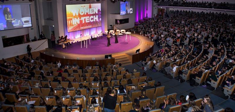 EY fortsätter att satsa på kvinnor inom techsektorn