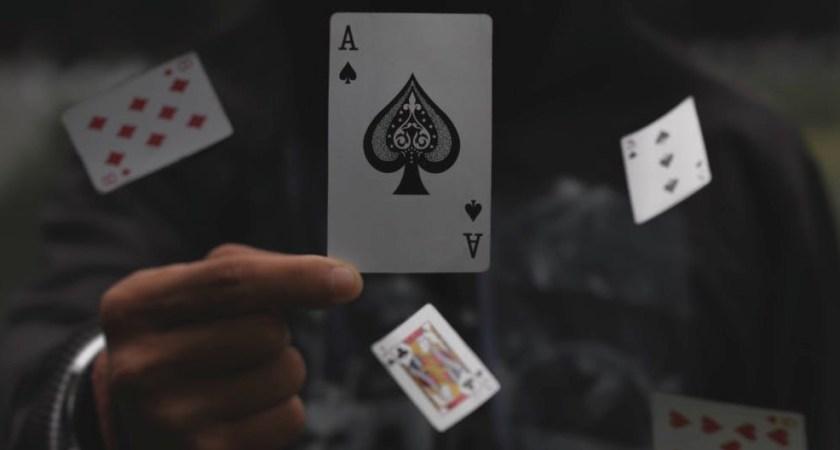 Oracle blandar om korten för företags-IT