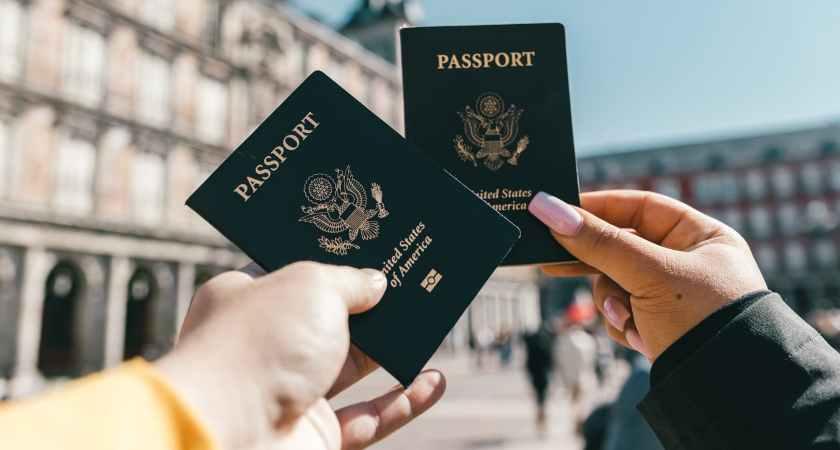 Onlinehackare säljer stulna passuppgifter