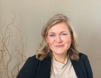 Första kullen i Norden tar examen i HCL-satsning på kvinnliga chefer 2