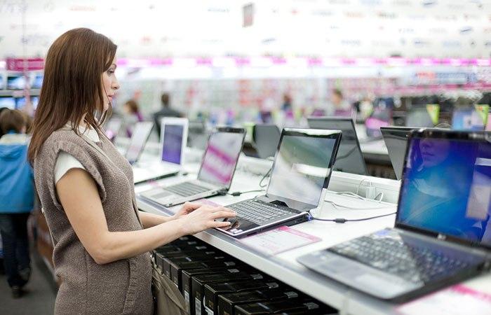 Konkurrenter på tuff elektronikmarknad enas om jobben