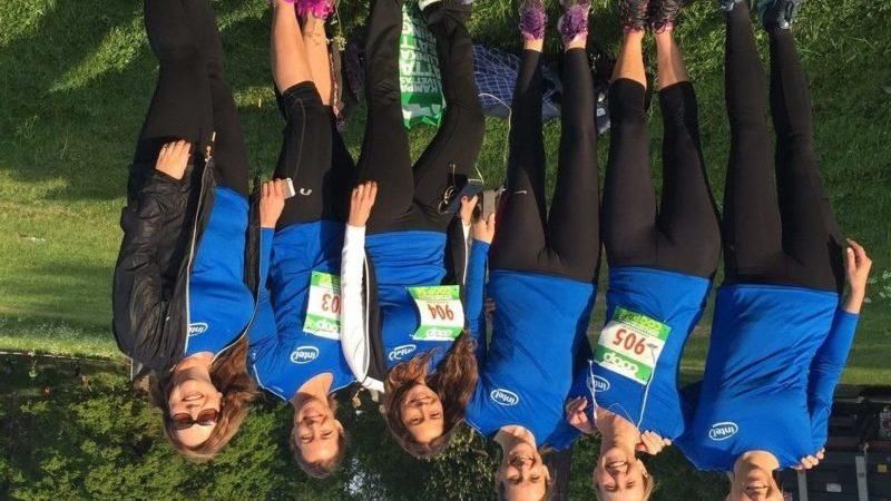 VårRusets tjejer springer 14 varv runt jorden – även Intels tjejer var där
