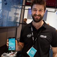 Dustin Expo: Asus lyfter skynket från Intel-telefoner