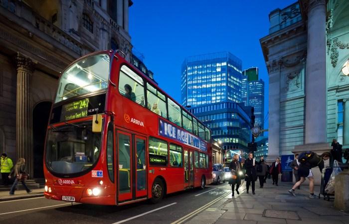 Hogia är med och levererar när London testar framtidens bussar