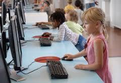 1 av 3 svenska barn har utsatts för olämpligt innehåll på nätet