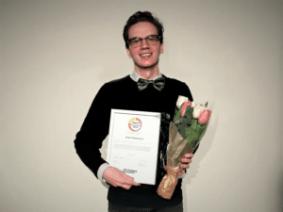 """Einar Gunnarsson får hedersomnämnandet """"Årets Lärarstudent"""" för sina insatser inom skola 2"""