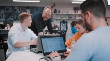 De vill locka lärare - via robot 3