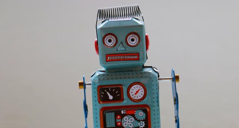 Svenskarna välkomnar robotar på jobbet