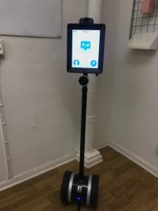 NTI Gymnasiet Johanneberg utvidgar försök med robot i klassrummet 1