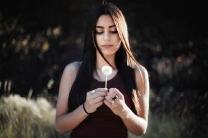 Tjejer med självskadebeteende påverkas starkare av sociala medier 1
