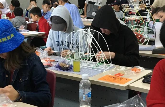 Alingsåselever i internationell tekniktävling i Sydkorea