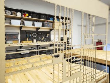 Vårbyelever inviger Tekniska museets kreativa labb 1