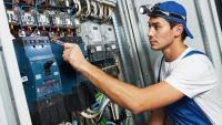 Ny utbildningssatsning – från elektriker till industrielektriker