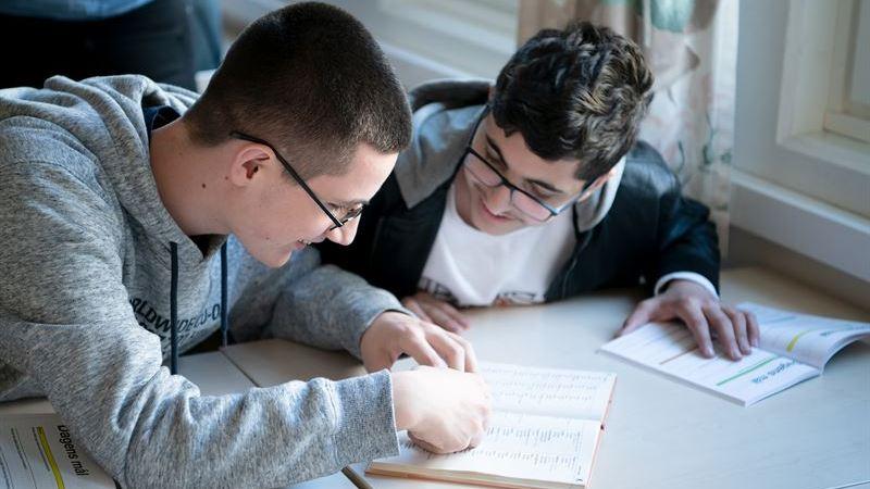 Stor satsning – nu ska fler elever på Hjällboskolan nå gymnasiebehörighet