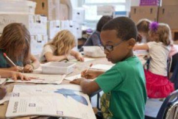 Skolor som vill ska få möjlighet att införa betyg från årskurs 4 3