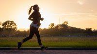 Allt fler kvinnor använder smart teknik för maximerad träning