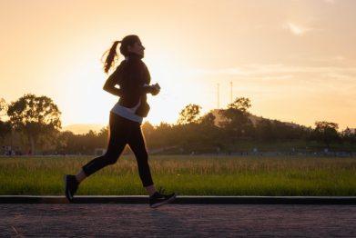 Allt fler kvinnor använder smart teknik för maximerad träning 1