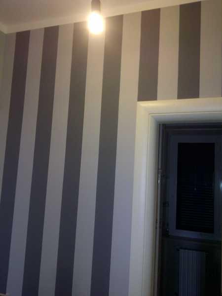 Nel caso invece di pareti irregolari, evitate di far combaciare le righe verticali con gli angoli ma lasciate. Foto Tinteggiatura Pareti Con Effetto Righe Verticali Di T M Di Mannarino Ivanoe E C Snc 725321 Habitissimo